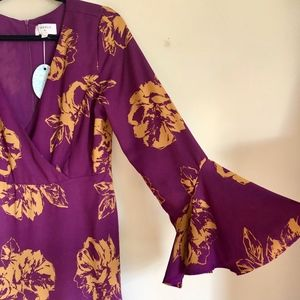 NWT Everly wrap style purple floral dress size L